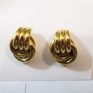 Jewelry - Goldtone Triple Double Loop Pierced Earrings